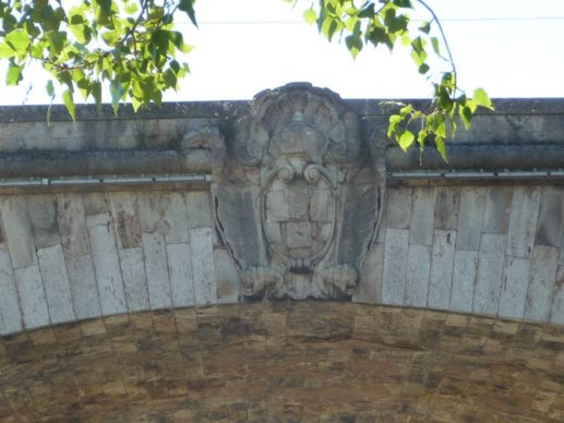 Pont George V Cartouche royal d'Allegrain